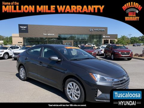 New 2020 Hyundai Elantra 4d Sedan SE Front Wheel Drive 4dr Car